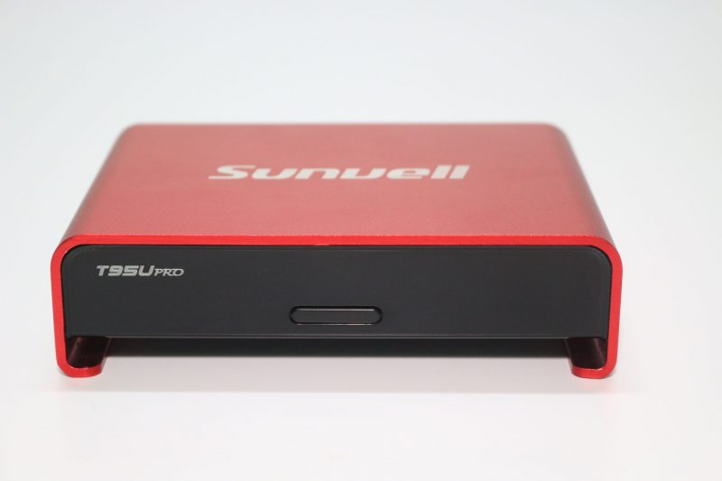 Sunvell T95U pro front